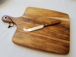 cheese_board_28cm_x_26cm_1518072702