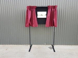 plaque_unveiling_curtain_and_stand