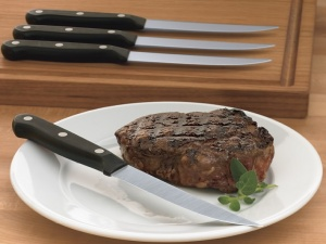wusthof-gourmet-4-piece-steak-knife-set-o_2045353398